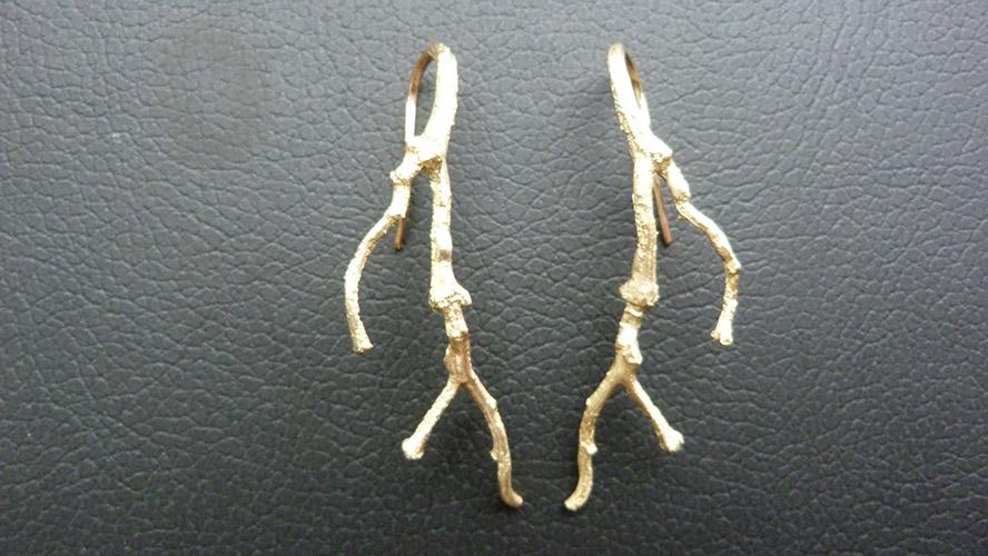 boucle d'oreille branche
